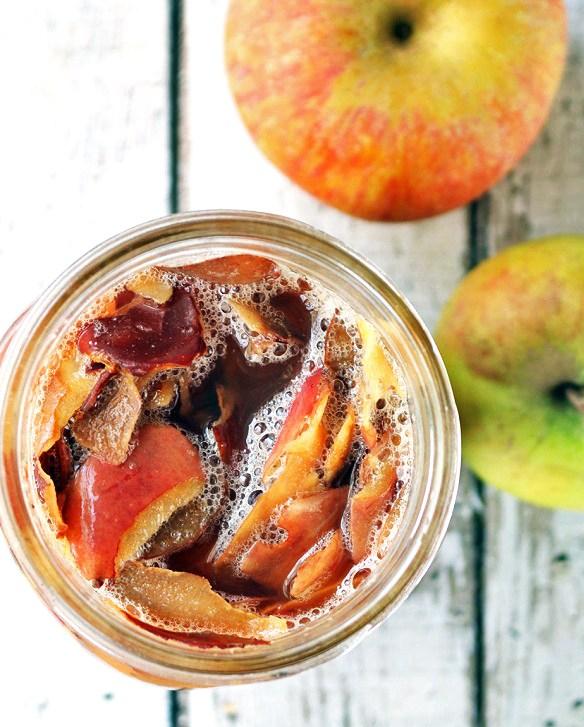 Homemade-Apple-Cider-Vinegar-4
